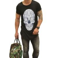 Camiseta Oversized Longline Estampada Caveira